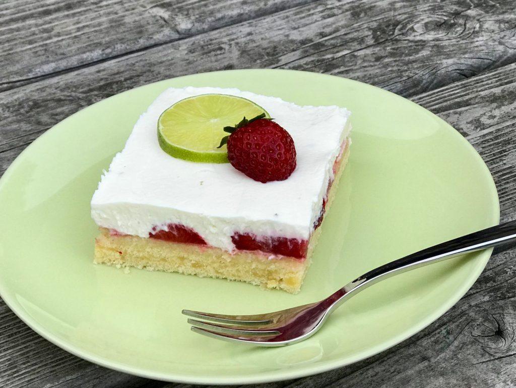 Erdbeer-Limetten-Schnitte