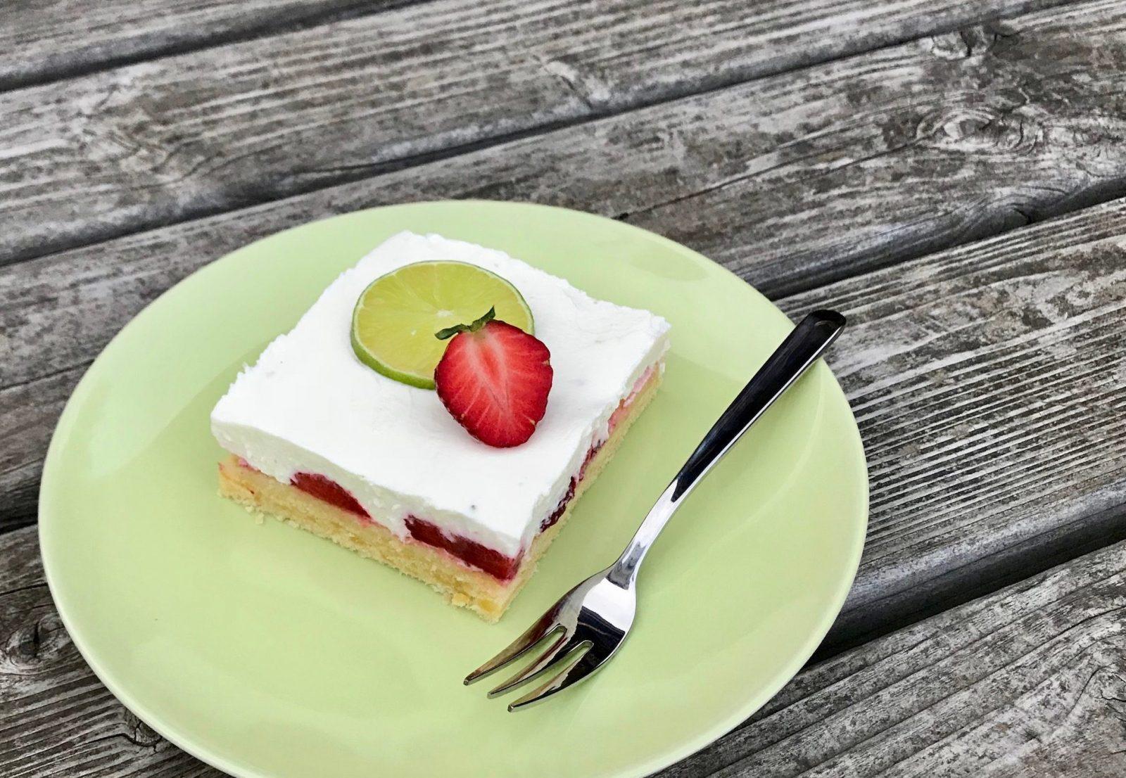 Erdbeer-Limetten-Schnitten