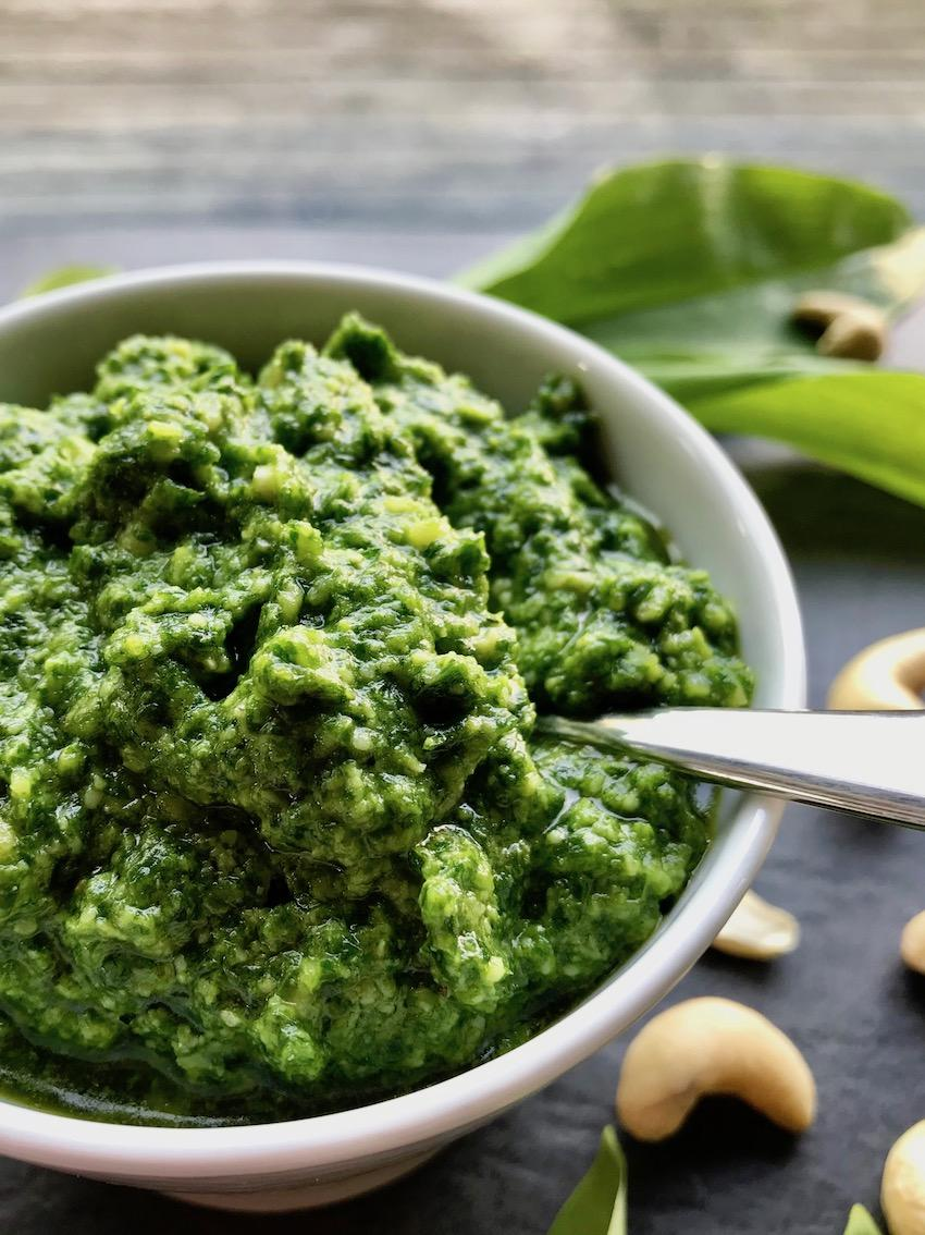 Bärlauch-Pesto mit Cashewkernen