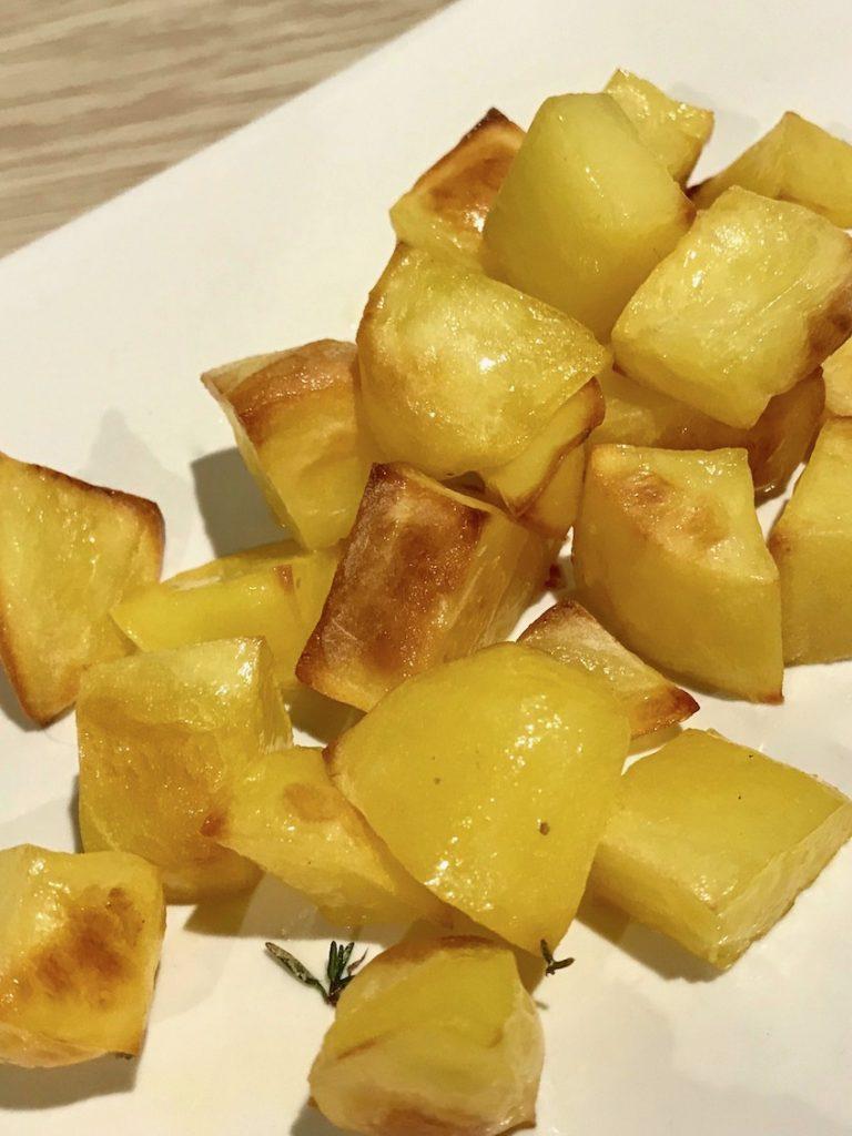 Kartoffeln in Butter schwenken