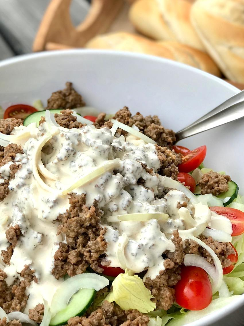 Cheeseburger-Salat Rezept