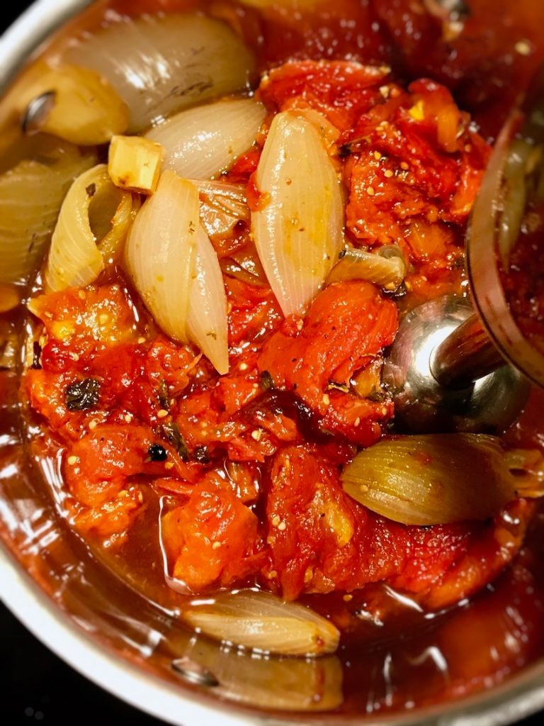 Tomatensauce pürieren