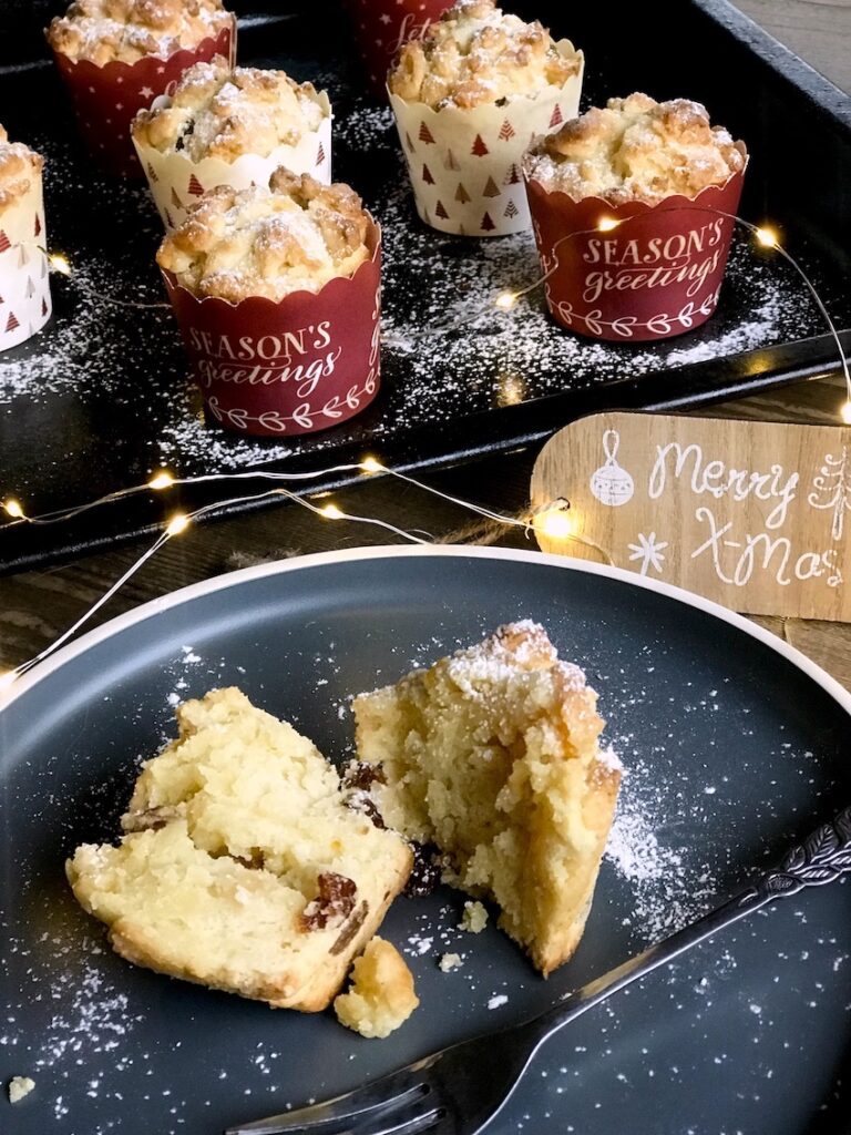 Christstollen-Muffins mit Marzipan